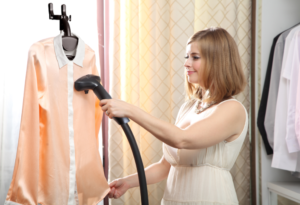 STEAM IRON CLOTHES