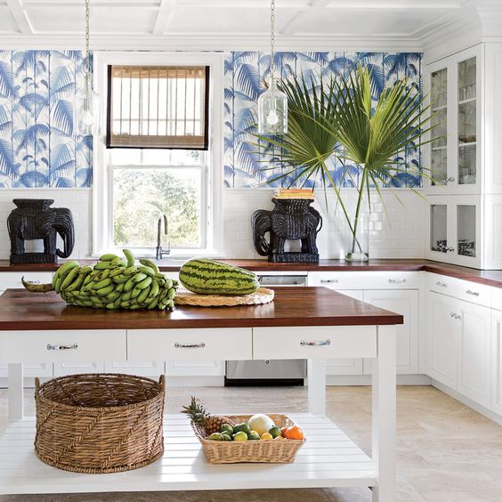 11 Ways to Infuse Your Decor with Island Style