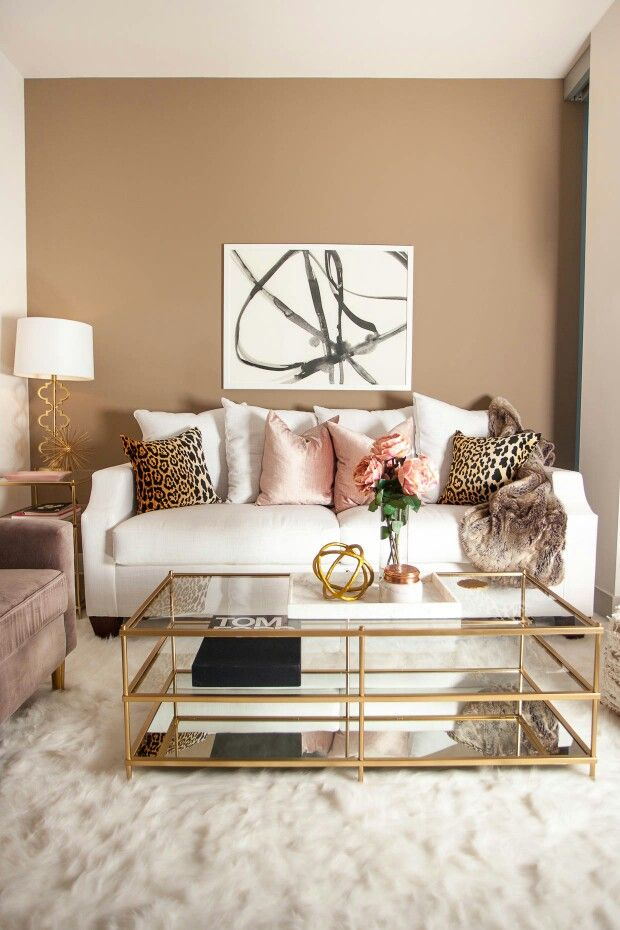 Beautiful Gold Accents To Decorate Your Home